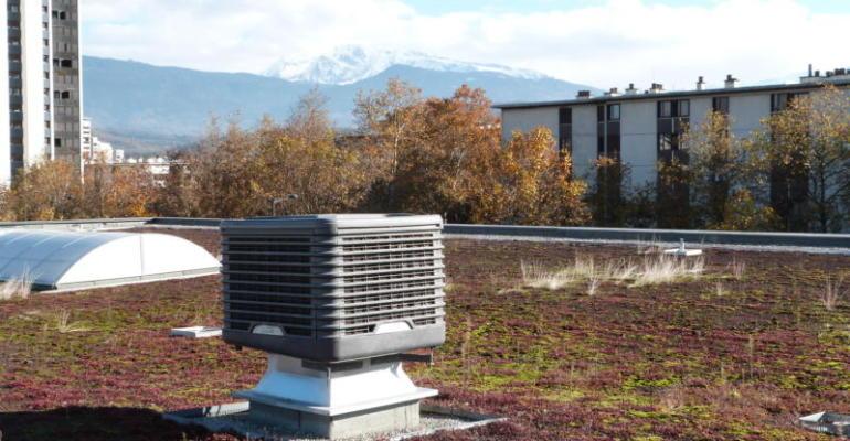 """La ventilation adiabatique repsoe sur un système dit """"naturel"""" qui part du principe que l'air est toujours plus frais près de l'eau"""
