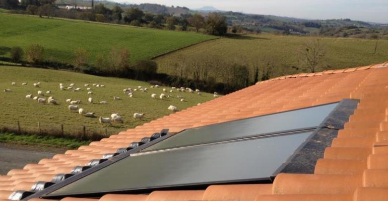 Panneaux solaires campagne
