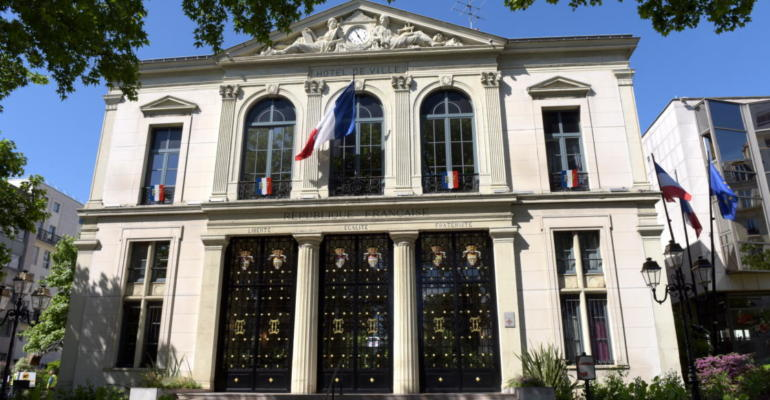 Façade de la mairie de Courbevoie